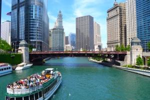 ChicagoRivershutterstock_146960165